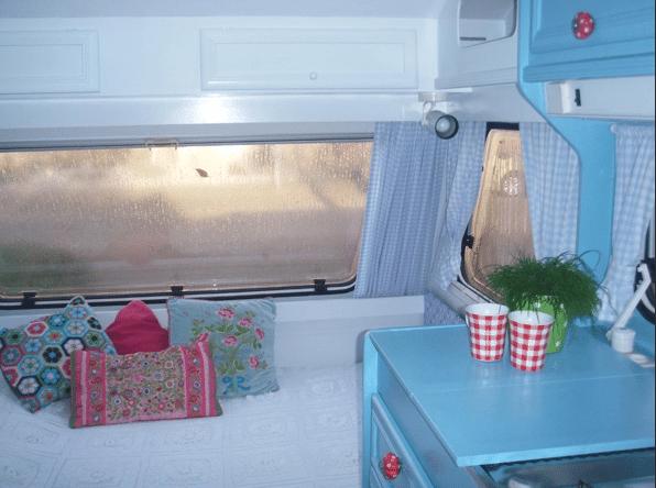 De caravan van hanneke caravanity happy campers lifestyle for Hanneke koop interieur