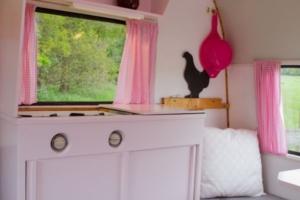 Vintage caravan 9