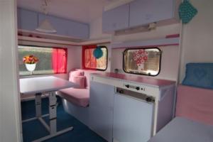 caravan 4