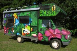 Graffiti bus 2