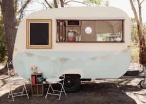 Caravan cafe 4