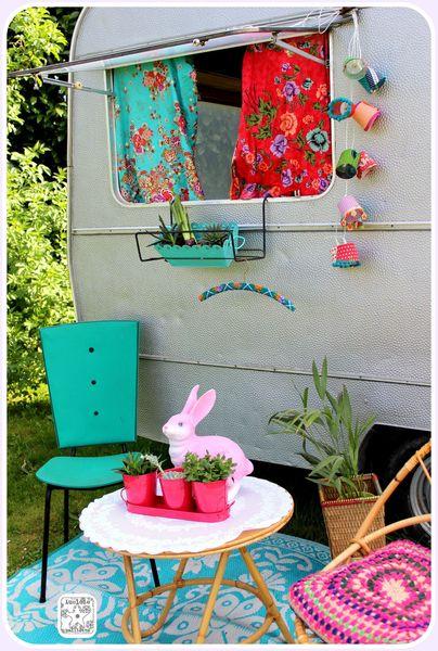 Asseyez vous caravanity happy campers lifestyle - Deco ingang buitenkant ...