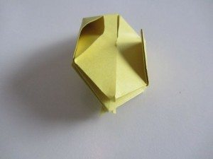 origami waterballon vouwen 12