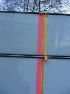 buitenkant caravan masking tape 6