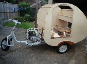 vespa caravan 7