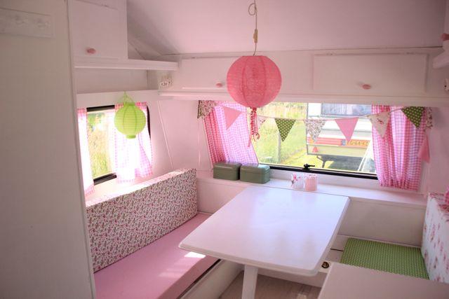 roze caravan 2