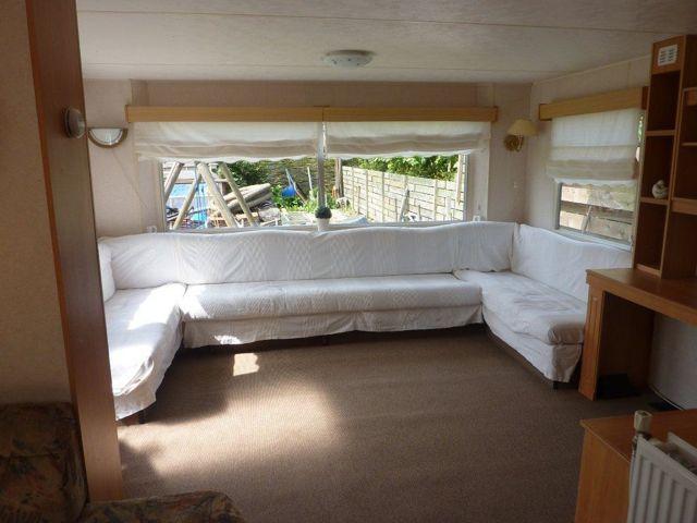 Kleurrijke Witte Woonkamer : Kleurrijk paradijs caravanity happy campers lifestyle