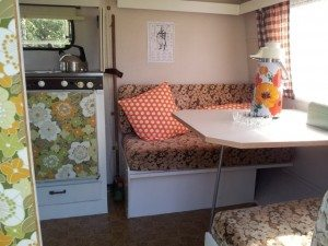 retro caravan 3