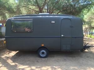 Lander Caravan | Caravanity | buitenkant schilderen