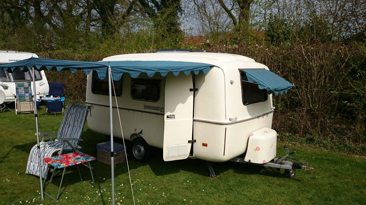 Zo maak je zelf een luifel caravanity happy campers for Luifel caravan aanbieding