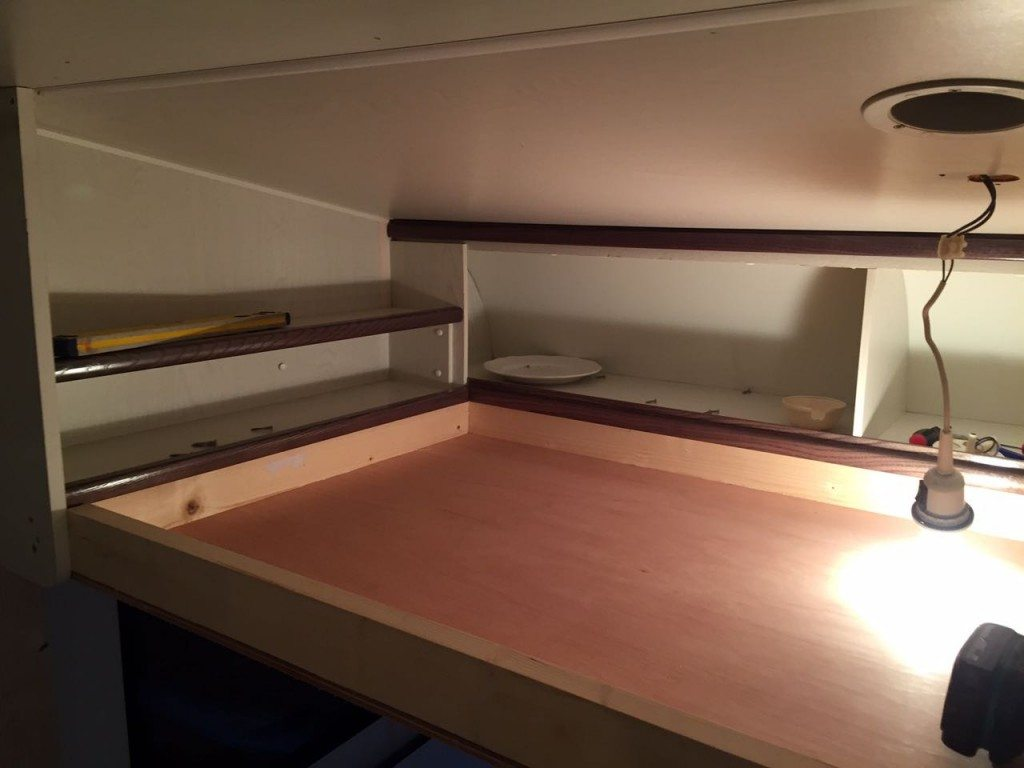stapelbed maken in caravan | caravanity5