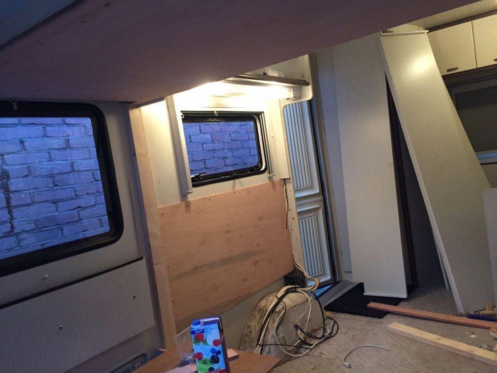 stapelbed maken in caravan | caravanity8