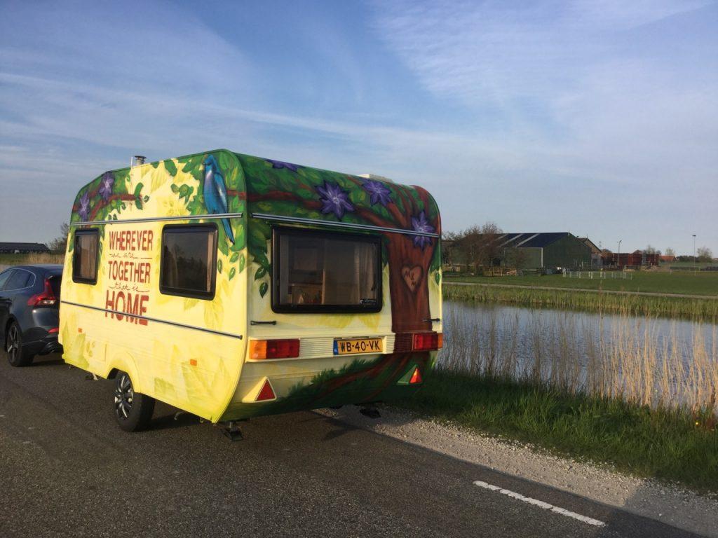 Caravan spuiten | Caravanity 6