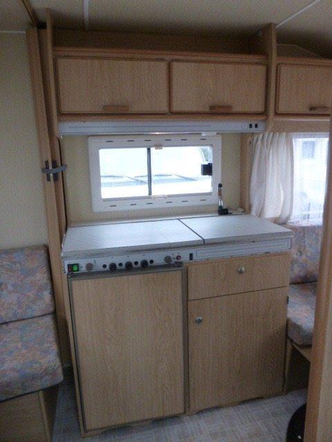 chateau-caravan-keuken-caravanity-2