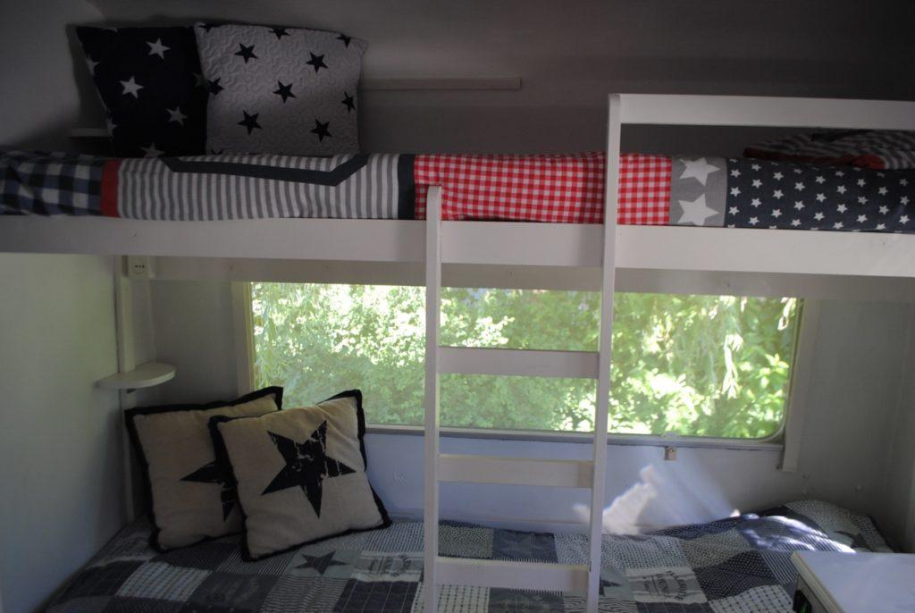 chateau-caravan-stapelbed-3-caravanity