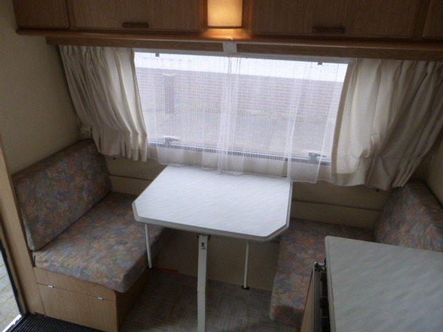 chateau-caravan-zitje-2-caravanity
