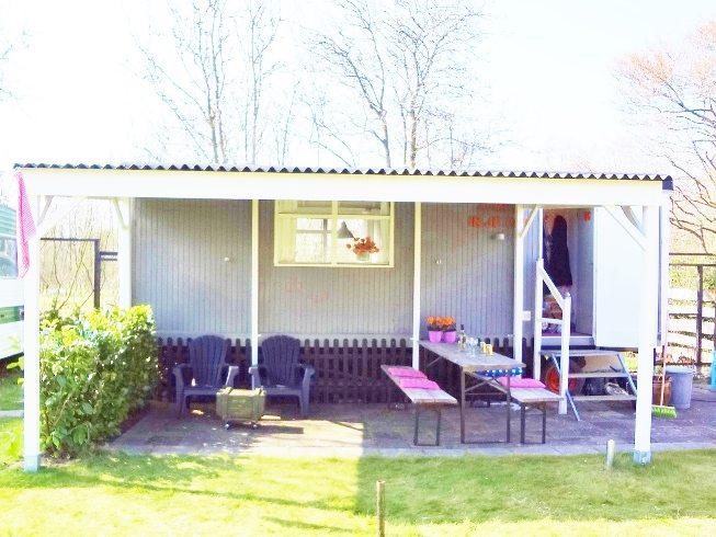 Buitenhuisje | Pipowagen | veranda | Caravanity 2