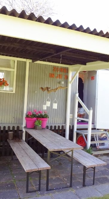 Buitenhuisje | Pipowagen | veranda | Caravanity